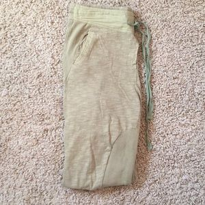 Toby heart ginger green sweatpants